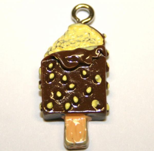 ICE CREAM BROWN FOOD CHARM 20MM X 10MM CHFD1030